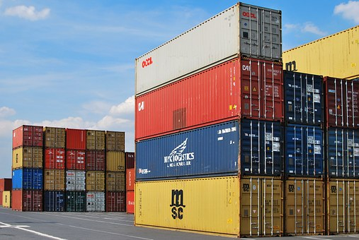 Why Importers/exporters Prefer 20 Foot Containers For Shipping?